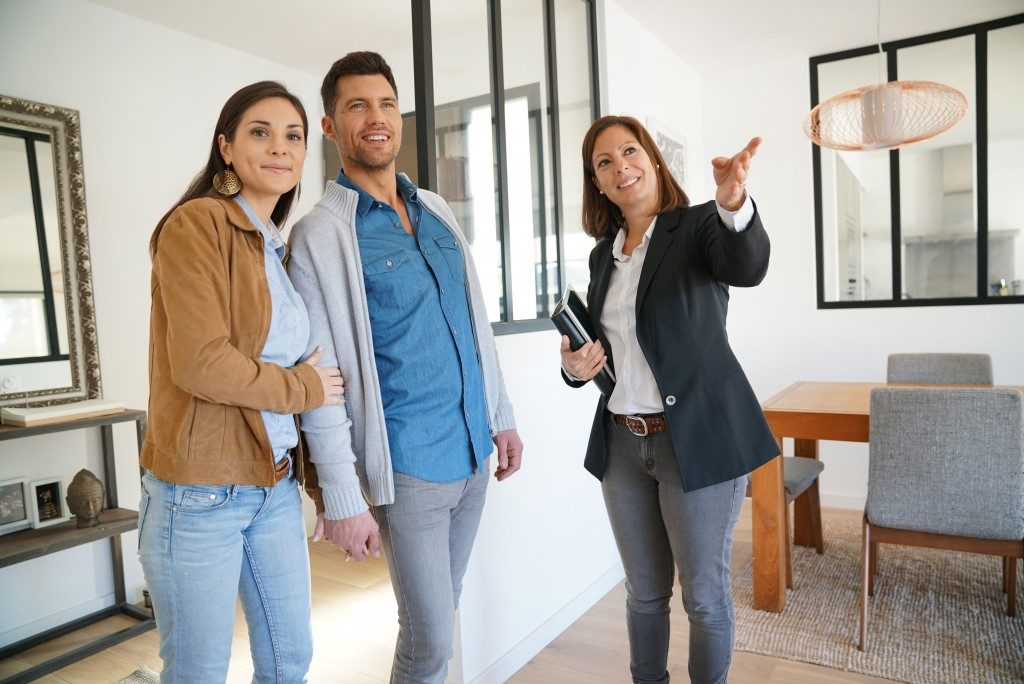 home buyers checking a house