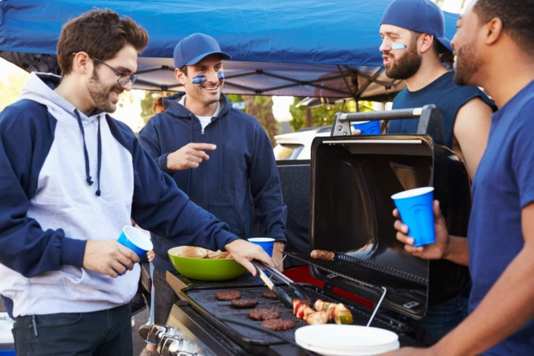 Tailgating Tips: How To Host A Winning Tailgate Party